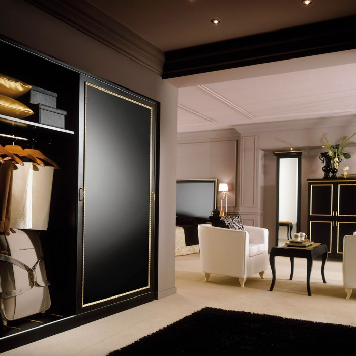 Hotel Wardrobe - Paris Gold