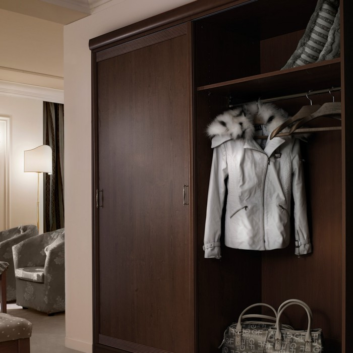 Wardrobe - Berlin Suite