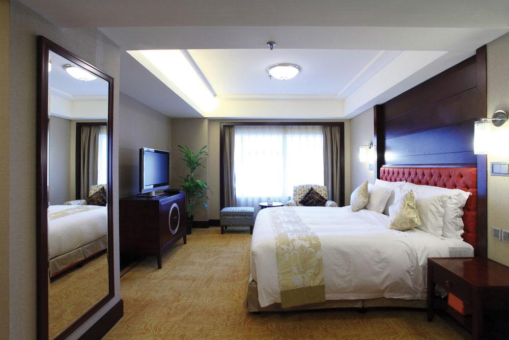 Bespoke hotel bedrooms hotel furniture furnotel for Hospitality bedroom furniture