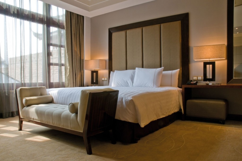Bespoke hotel bedrooms hotel furniture furnotel for Bedroom suites with mattress