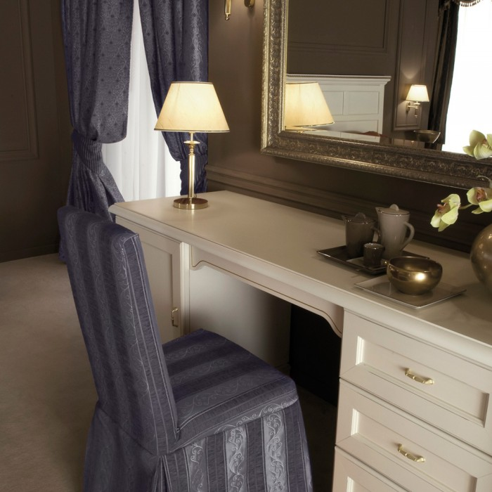 Hotel Dressing Table - Praga