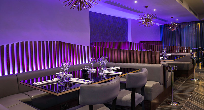 Banquette Seating - Seven Hotel