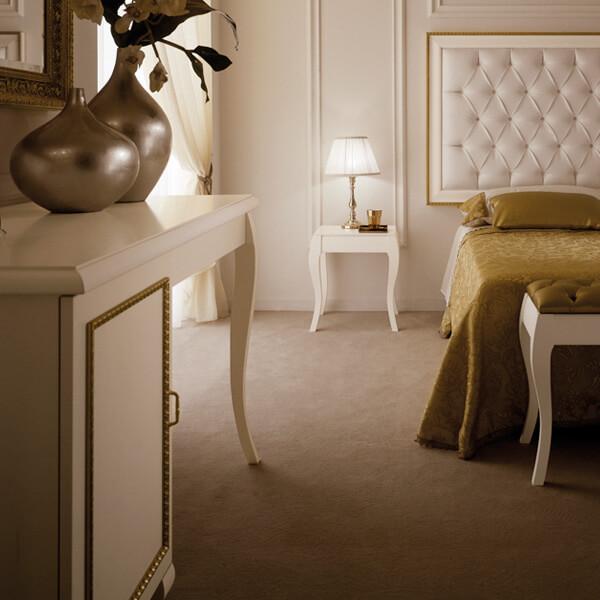 White Boutique Hotel Dressing Table - Paris